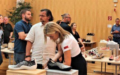 Zigentti Think!-mallistopalaverissa Itävallassa – Malliston suunnittelusta vastaa yhdeksännen polven suutari