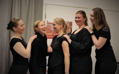 Viisikko hoitaa homman! Espoon Jalkaterapia Team on Espoon ensimmäinen New Feet-jälleenmyyjä