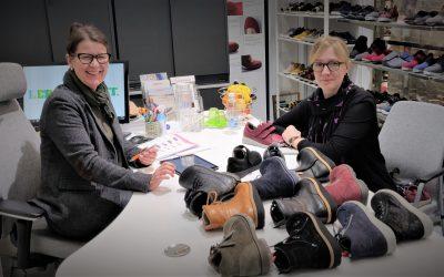 Linn, Rikke tai Mette ovat New Feet-kenkien lestejä – Kuluttaja valitsee kengän usein silmillään, mutta tärkeämpää olisi löytää oikea lesti